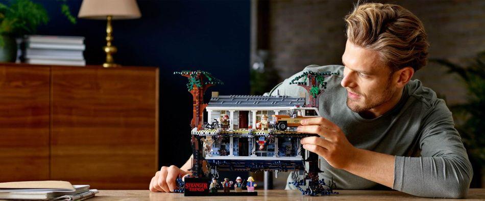 LEGO Stranger things mundo del reves